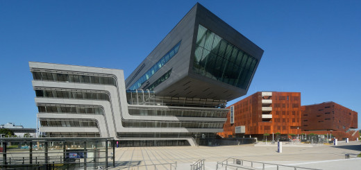 Wien Moderne Architektur Campus WU. Peter Haas / , via Wikimedia Commons
