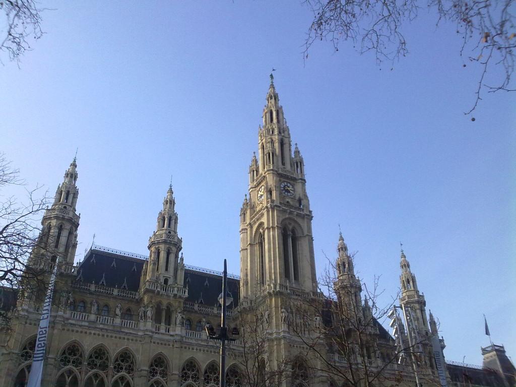 Private tour Vienna by minibus